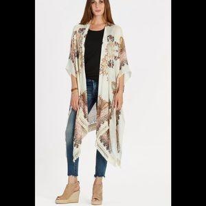Lovestitch at Evereve Spiced Paisley Kimono